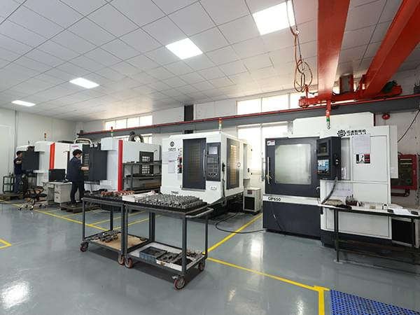 HKY-CNC machining center
