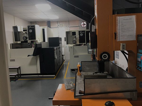 Injection Molds Manufacturer