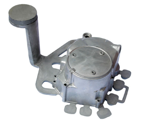 The difference between die-casting molds and plastic injection molds